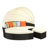 Quest canopy daybed