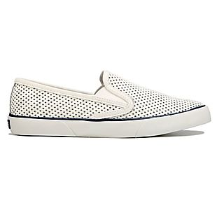 Famous Footwear deals