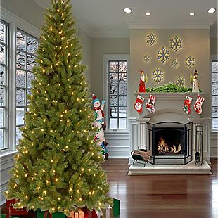7 pre lit christmas tree 100 shipped